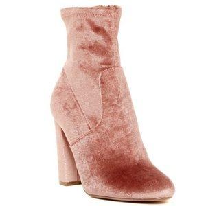 Steve Madden Edit Rose Velvet Booties Ankle Boots